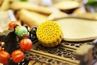 中秋节的月饼图片