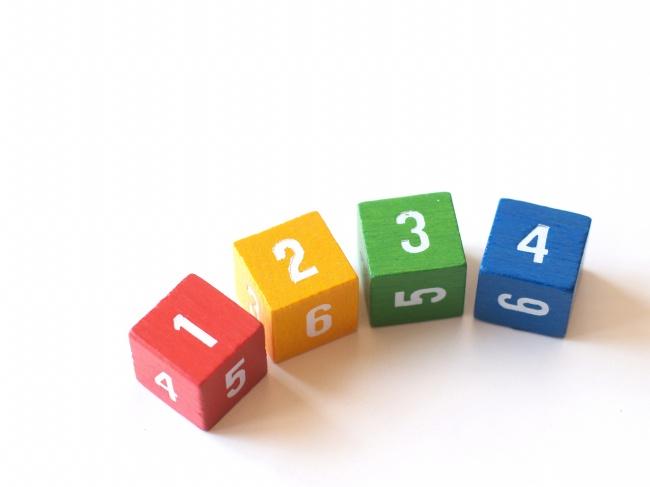 儿童数字方块积木图片