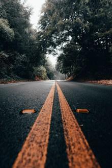 笔直道路高清图片