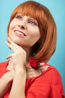 短发波波头发型图片下载