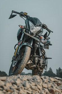 黑色本田摩托车图片大全