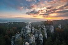 山上日出唯美风景高清图片
