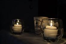 浪漫白色香薰蜡烛图片素材