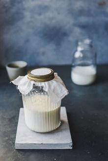 玻璃瓶装牛奶欣赏图片下载