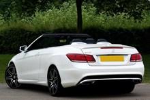 白色奔驰s400图片下载