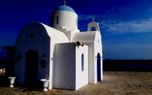希腊蓝顶白教堂图片下载