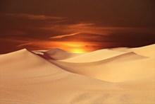黄昏沙漠图片大全