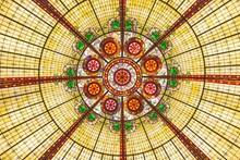 彩色玻璃天花板图片大全