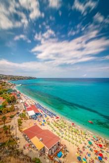 外国海边浴场风景精美图片