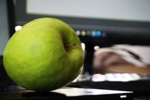 一颗青苹果摄影图片大全