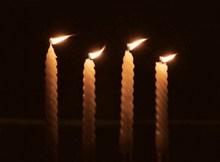 细蜡烛烛火高清图