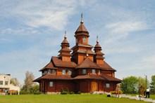 郊区复古教堂高清图片