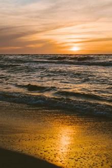 日落海平面高清图片