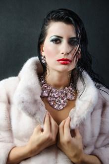 欧洲时尚美女写真图片大全