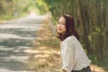 森系日本美女图片素材