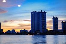 滨海建筑高清图片