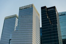 城市现代高楼建筑高清图片