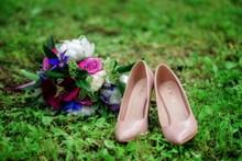 高跟鞋婚鞋图片