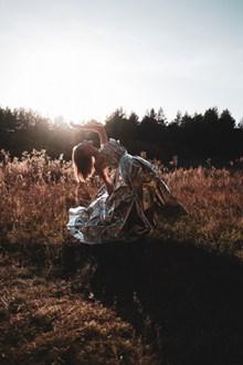 环保服饰美女人体艺术摄影精美图片