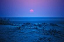 黎明海平面日出图片素材