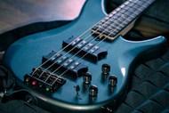 蓝色低音吉他精美图片