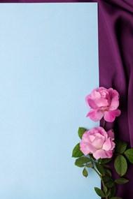 紫色幕布蓝色卡纸背景高清图片