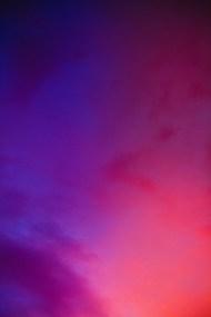 深紫色渐变背景图片