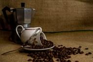 咖啡豆及咖啡杯图片下载