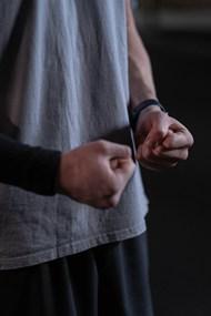 双手握拳高清图片
