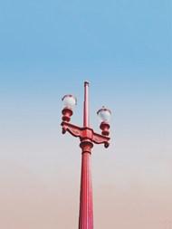 红色路灯高清图片