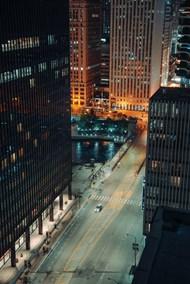 夜幕下的商务大楼图片大全