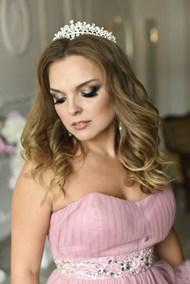 粉色抹胸裙婚纱美女图片下载