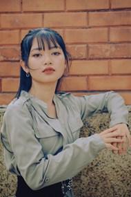 气质冷淡风亚洲美女图片下载