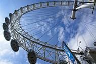 旅游景点旋转摩天轮高清图片