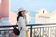 美女背包旅行写真图片素材