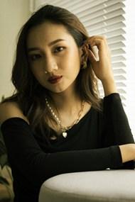 轻熟风亚洲美女图片素材
