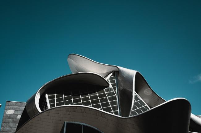 现代几何建筑特写图片下载
