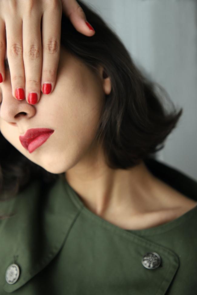 红色美甲美女摄影图片素材
