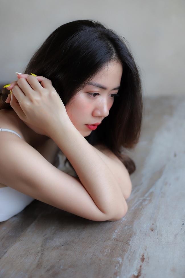 亚洲00后美女摄影图片下载