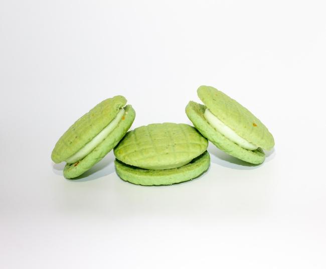 绿  色马卡龙夹心饼干图片