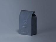 逼真咖啡食品包装纸袋设计展示样机素材